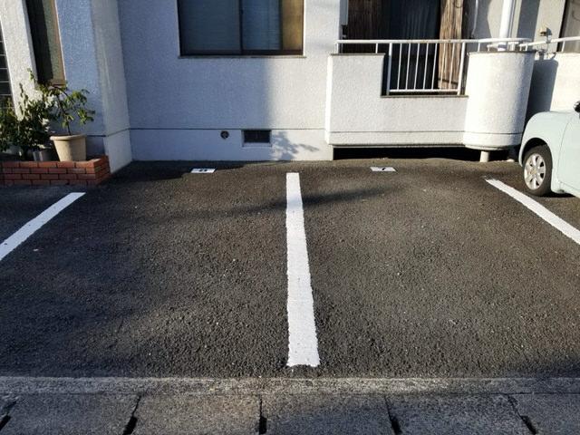 【アンクルホームの賃貸管理】駐車場管理プレートを貼ってきた④