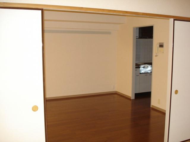 京都市右京区で不動産を売却しようと思ったら空き家にしてからの方が良いの?